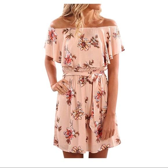 b93dc7c64a1 NWOT Off Shoulder Strapless Floral Print Dress